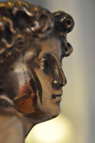 lamp_detail_face
