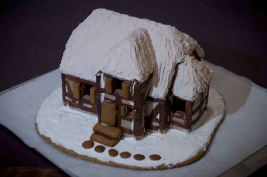Gingerbread-House-OFW